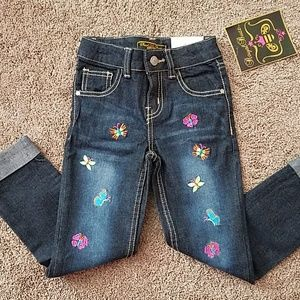🆕 girls Jean with embroidery